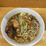 ラーメン二郎 - 料理写真:ラーメン 780円 麺半分・ヤサイ少な目にんにくアブラちょっとで