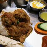 ネパール民族料理 アーガン - アーガンスペシャルタカリセット