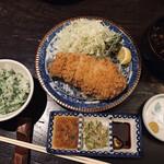138541241 - 特上ロースかつ定食180g(3,000円)