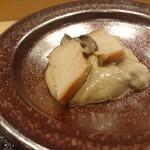 Kagurazaka sushi tamura - 鮑の酒蒸し肝ソース