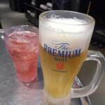 Hantejiya - 生ビールとざくろ酢の炭酸割りジュース