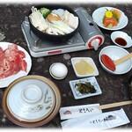 お食事処 やまへい - 信州牛すき焼き鍋御膳¥2,000(税)