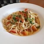 バッカナーレ - 料理写真:ランチセット(1150円) モッツァレラチーズのフレッシュトマトパスタ