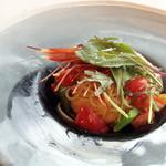 13859386 - ぷりっぷりのボタン海老とフルーツトマトの冷製カッペリーニ