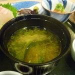 割烹むつごろう - ☆豆腐とわかめの組み合わせですぅー☆