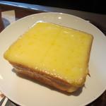 上島珈琲店 - 厚切りチーズトースト 350円