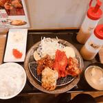 138604336 - ジャンボザンギ定食(バラエティ) 800円