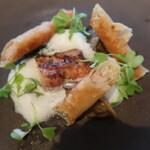 138608558 - 天野商店の古処鶏を2種の調理法で季節の野菜を添えて