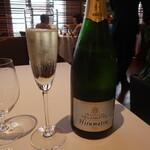 138608566 - シャンパン