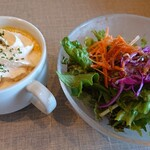 HOKI COFFEE TERRACE - パスタランチのサラダとスープ