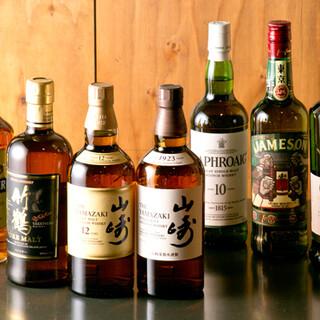 ネパールをはじめ、世界各国のお酒を豊富に取り揃えております!