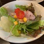 ガロパン フレンチレストラン - サラダ