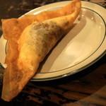 Bistro ひつじや - 2012.7 チュニジアのぎょうざ(680円)半熟卵、チーズ、挽き肉が入ったアフリカ料理のブリック