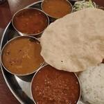 Truly south indian dakshin yaesu - マトンキーマ、塩チキン、ラッサム、サンバル