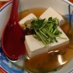 旬菜と海鮮 森田屋 - 湯豆腐