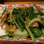 旬菜と海鮮 森田屋 - ほうれん草豚肉炒め