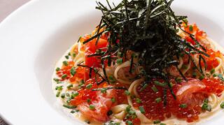 3世代で楽しめるイタリアン 「キッチンmatsui」 - ズワイとフレッシュトマトのカニクリームパスタ ~プチプチイクラのせ~