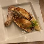 大宮キッチン - 牡蠣と蟹の香草バター焼き