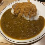 味のガンジス - 料理写真:黒豚カツカレーの辛口。