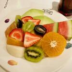 138668199 - フルーツサラダ