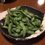 酒の魚 和海 - お通しの枝豆