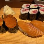 みなと寿司 - イクラ サーモン 鉄火巻き