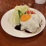 小古食堂 - 料理写真:ハンバーグ。