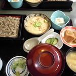 そばの実ごはんととろろ定食(¥950)