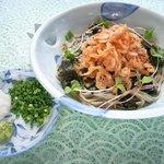 ふるさと - 料理写真:ふるさと定番「するがおろし」 サクサク桜海老と、コシのある二八蕎麦が旨い!