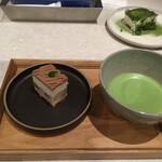 伊右衛門サロン - * 小さなおやつと抹茶のお得なセット 880円