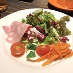 grigio la tavola - セットのサラダ