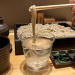 蕎麦きり みまき - 蕎麦の香りを感じようと水蕎麦