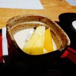 和食処 きくすい - マロンプリンフルーツ添え