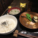 喝鈍 - なべカレーかつどん900円(税込)+おみそ汁100円(税込)