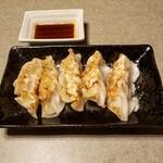 二半亭 - 焼餃子 350円