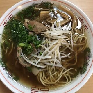 すみれ - 料理写真:ラーメン 牛骨