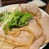 豚骨中華そば がんたれ - 料理写真:特製豚骨と魚介のWスープ(大盛・特製でチャーシュー麺ですが更にチャーシュー増)&ご飯中 20201014