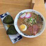 印南サービスエリア(下り線) - 料理写真:和歌山らーめん ¥650 めはり ¥350