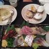 浜屋 - 料理写真:刺し盛1,000円(税込:以下同)にカニミソの甲羅焼き520円、焼き白ハマグリ2個420円