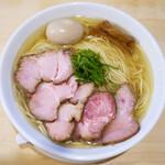 麺庵ちとせ - 料理写真:塩 大盛り 煮玉子 チャーシュー