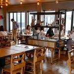 ラニーチーズ - ☆テーブル席の雰囲気(^◇^)☆