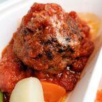 Bistro Roven - トマトソースのハンバーグステーキ弁当 900円 ※ハンバーグのアップ(Bistro Roven