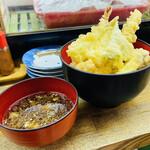 魚庭本店 - コレが500円の天丼!! 素晴らしいコスパ(♢ω♢) 常連さんがオススメしてくださった 〆の天丼