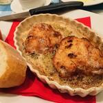 トラットリア カルネジーオ - 鶏胸肉の焦バター焼き ◎