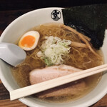 ラーメン 空 - 塩らーめん(800円)