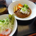 さくら展望レストラン - 料理写真:おろしハンバーグ定食