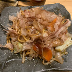 肉×魚×日本酒 照 - 屋台風ソース焼きそば 590円