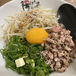 ラー麺 陽はまた昇る - カレー混ぜそば。