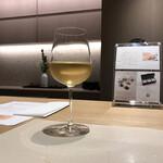 Ginzakuki - サービスのグラスワイン(本来なら660円)