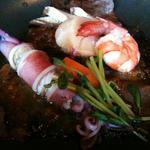 アジアン港宿 遊海月 - 海鮮陶板焼き アジアン朴葉味噌